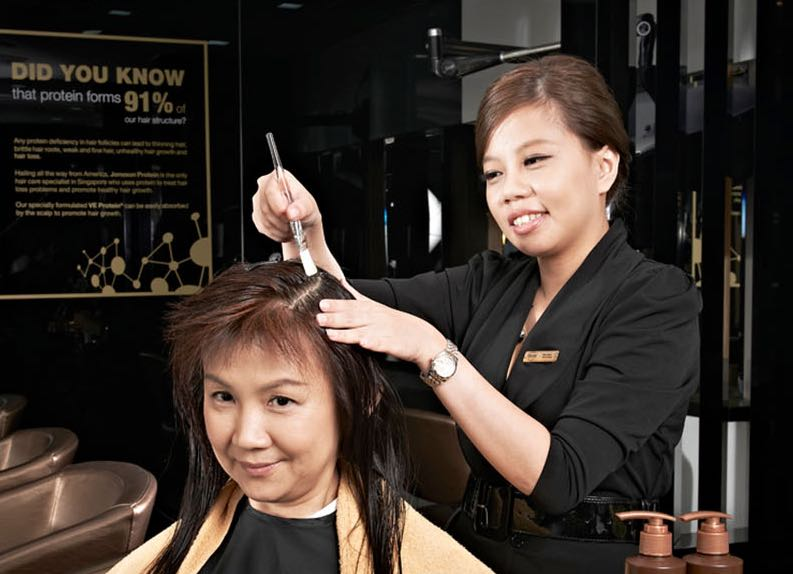 Jonsson Protein hair treatment process on client
